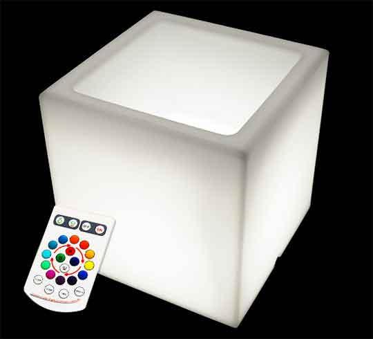 pot lumineux carr led 60 cm sans fil 179 salon d 39 t. Black Bedroom Furniture Sets. Home Design Ideas