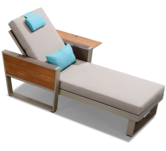 Chaise Longue Bain de Soleil Beige Aluminium et Teck York 549€ | on chaise recliner chair, chaise sofa sleeper, chaise furniture,