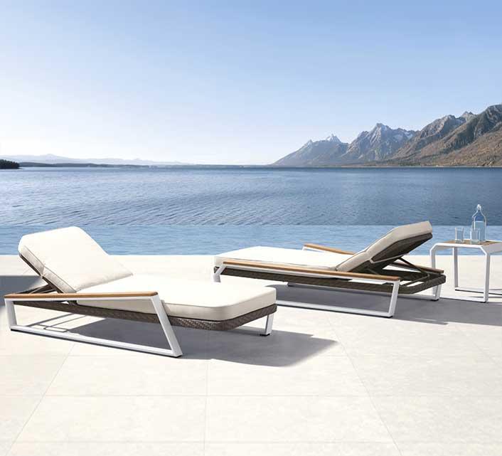 Chaise Longue Bain de Soleil Aluminium et Teck Miami 489€   Salon d é 5d272db3cf88