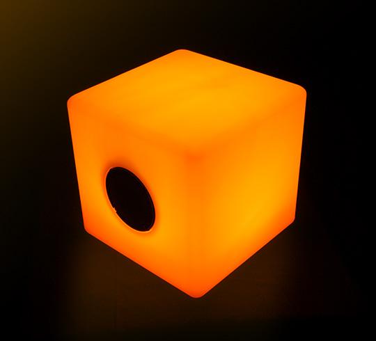 Enceinte bluetooth cube lumineux led 30 cm ext rieur sans for Cube lumineux exterieur sans fil