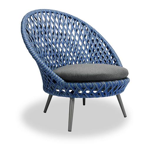 Fauteuil de jardin tress bleu panama 389 salon d 39 t for Mobilier tresse exterieur